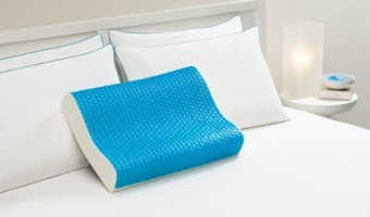 Perfect Gifts for Mom: Comfort Revolution Hydraluxe Contour Pillow Review & Giveaway