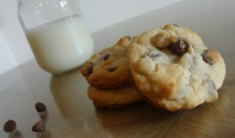 After School Snack Idea: Best Ever Chocolate Chip Cookies