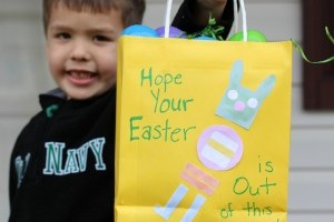 Robot Easter Bag Craft & a Fun Printable