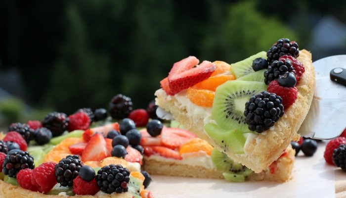 Kick off Your Summer with a Fruit Pizza Recipe