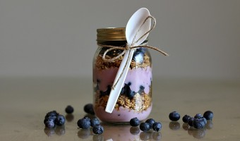 On-The-Go Blueberry Yogurt Parfait Recipe