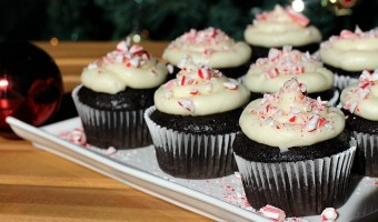 Dark Chocolate Cupcakes with Peppermint Cream Cheese Frosting