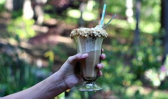 S'mores Root Beer Floats & Easy Backyard Camping Ideas
